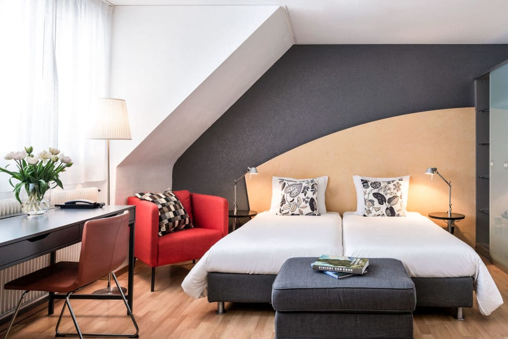 the superior room at la pergola hotel in Bern